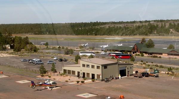 Aéroport de Tusayan sur la rive sud du Grand Canyon