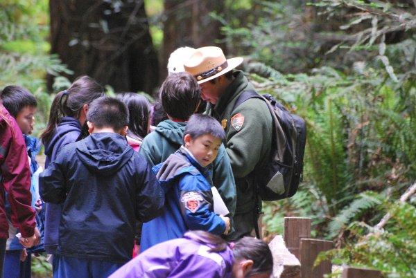 Mission pédagogique des Rangers auprès des enfants