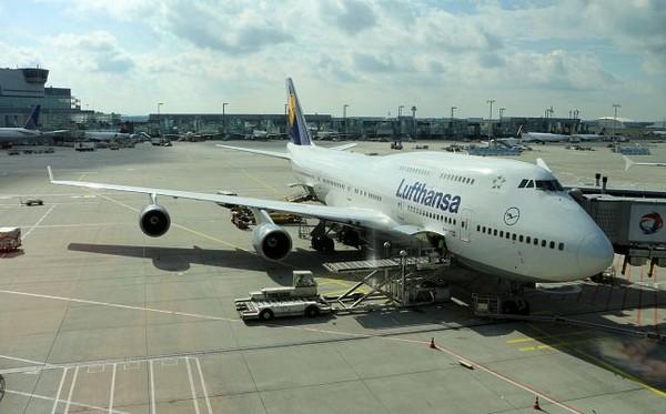 Avion Lufhtansa