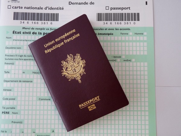 Passeport français biométrique