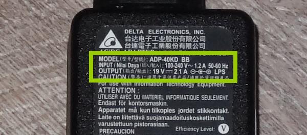Chargeur bi voltage 110 220 volts