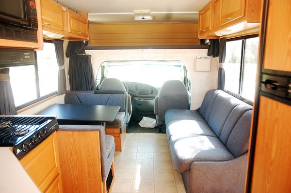 louer un camping car rv aux usa sunset bld. Black Bedroom Furniture Sets. Home Design Ideas