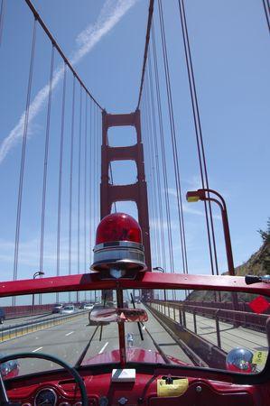 Traversée du Golden Gate Bridge en camion de pompiers