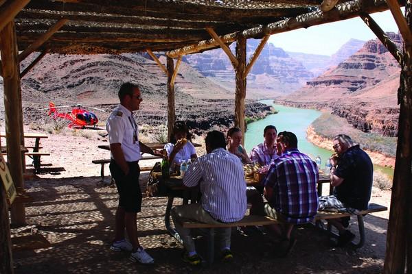 Dépose au fond du Grand Canyon