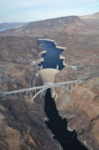 Survol Hoover Dam