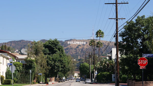 Hollywood Sign depuis North Beachwood Drive