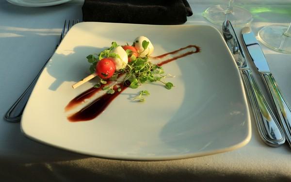 Bateaux New York dîner-croisière mise en bouche