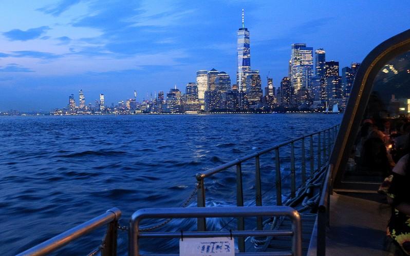 Bateaux New York dîner-croisière VIP