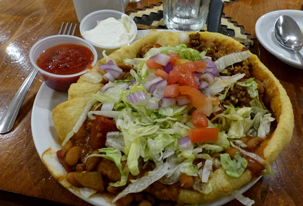 Le Navajo Taco de Suzie Yazzie - The View Restaurant, Monument Valley