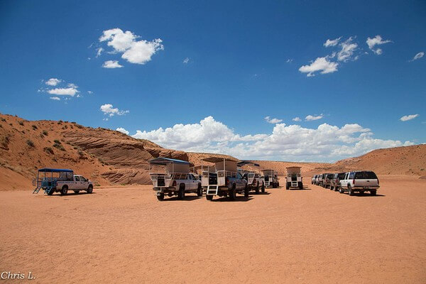4x4 guides Upper Antelope Canyon