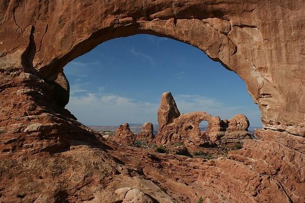 Vue sur Turret Arch depuis North Window