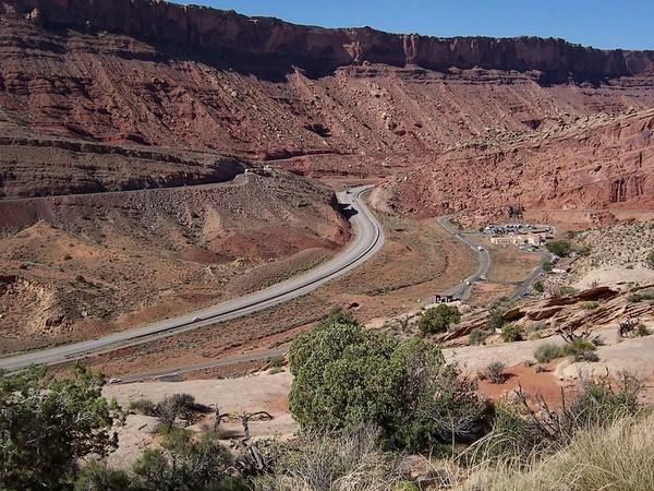 Moab Fault Viewpoint (entrée du parc et Visitor Center)