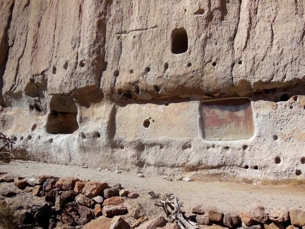 Dessins dans la roche Bandelier