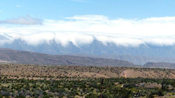 Le brume recouvre la Sierra Big Bend