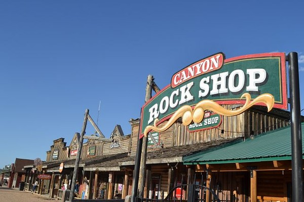 Bryce Canyon City Canyon Rock Shop