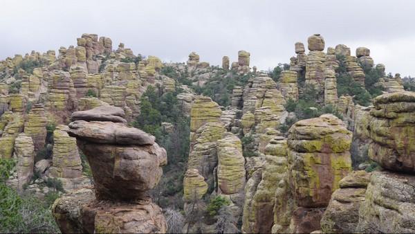Echo Canyon Loop Trail Chiricahua National Monument