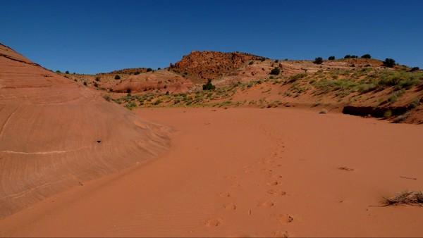 Marche dans le sable mou sentier d'accès Edmaier's Secret Arizona