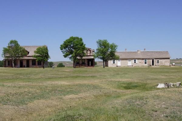 Maison du chirurgien, maison de Burt,Post Trader's Store and Complex Fort Laramie