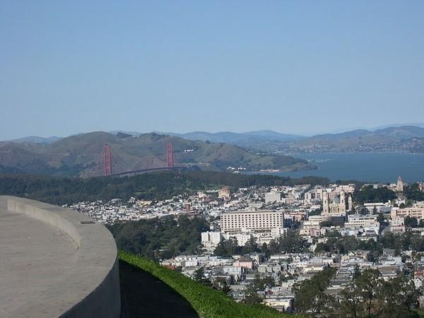 Golden Gate Bridge depuis les Twin Peaks