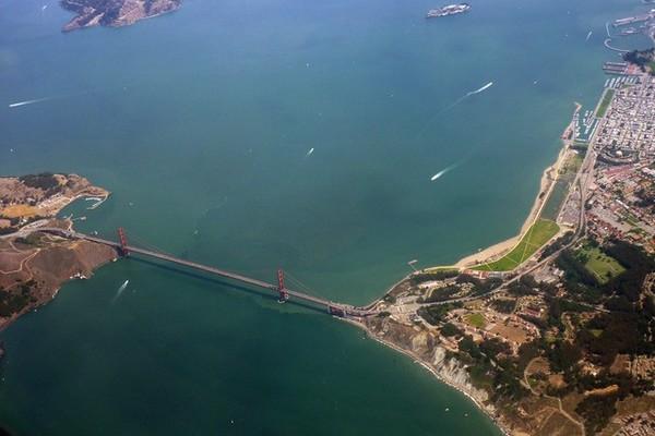 Golden Gate Bridge vu du ciel