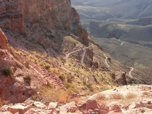Descente après Skeleton Point South Kaibab Trail Grand Canyon Arizona