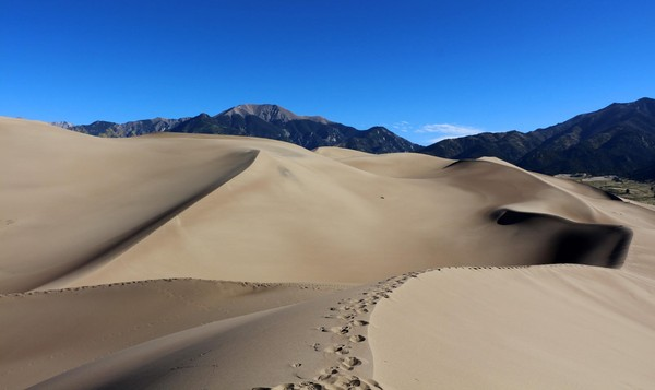 Wellington Ditch Trail Great Sand Dunes Colorado