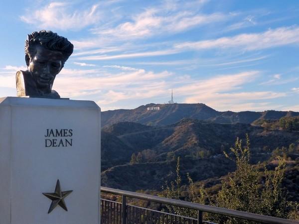 Buste en bronze de James Dean Griffith Observatory
