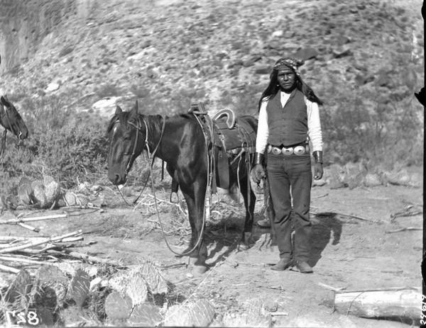 Jeune indien havasupai en 1899