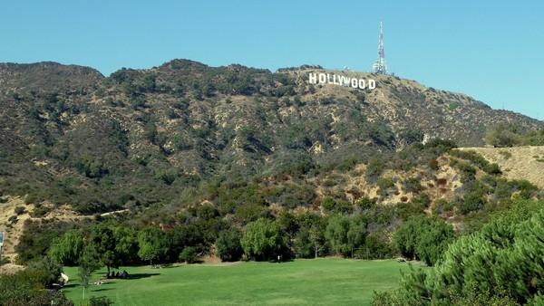 Hollywood Sign depuis le Lake Hollywood Park
