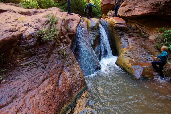 Baignade Kanarra Creek Utah