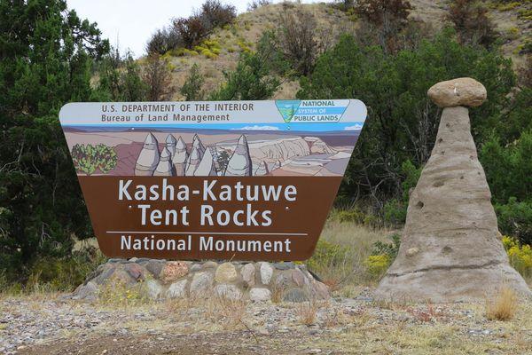 Départ du sentier Cave Loop Trail Kasha-Katuwe Tent Rocks