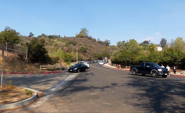 Lake Hollywood Drive