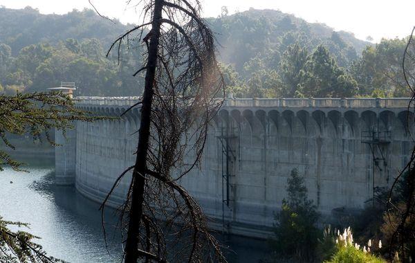 Barrage Lake Hollywood
