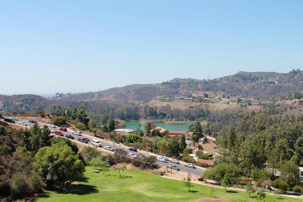 Vue depuis le Lake Hollywood Park