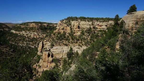 Vue depuis le sentier - Petroglyph Loop Trail