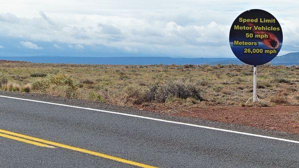 Sur la route d'accès à Meteor Crater