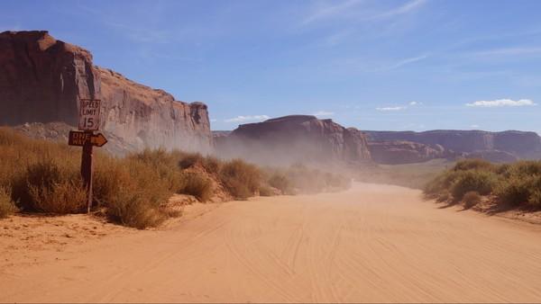 Le sable du désert Valley Drive Monument Valley