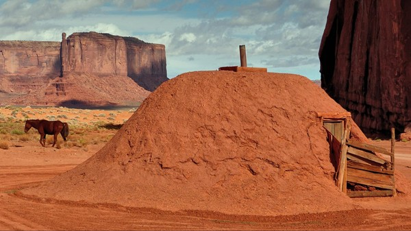 Hogan traditionnel Monument Valley