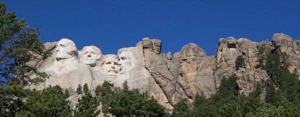 Sculptés dans le granite Mont Rushmore