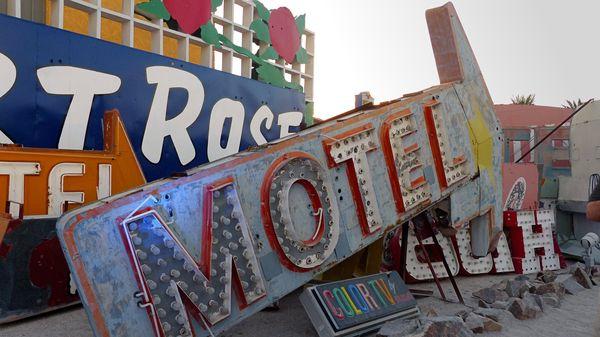 Enseigne d'un motel Neon Museum Las Vegas