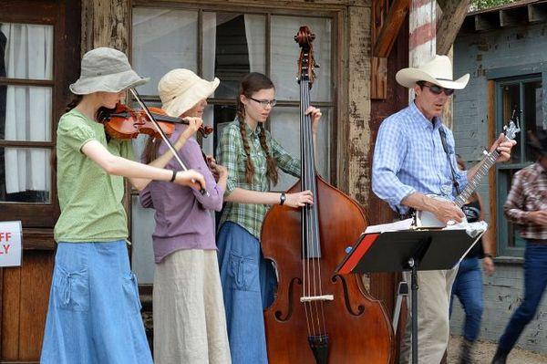 Festival Banjo Paramount Ranch