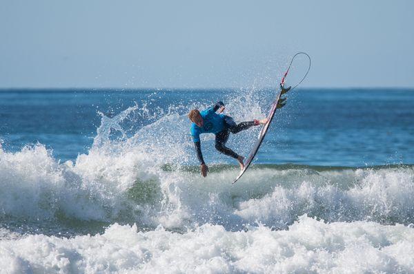 Surfeur Pismo Beach Californie