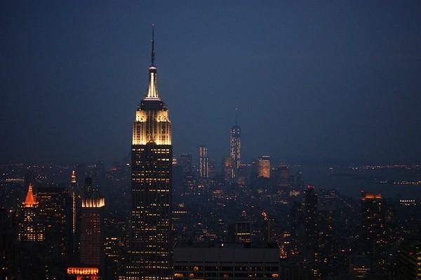 Empire State Building de nuit vu depuis le Top of the Rock