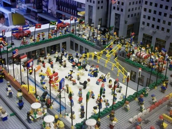 Patinoire du Rockefeller Center LEGO Store New York