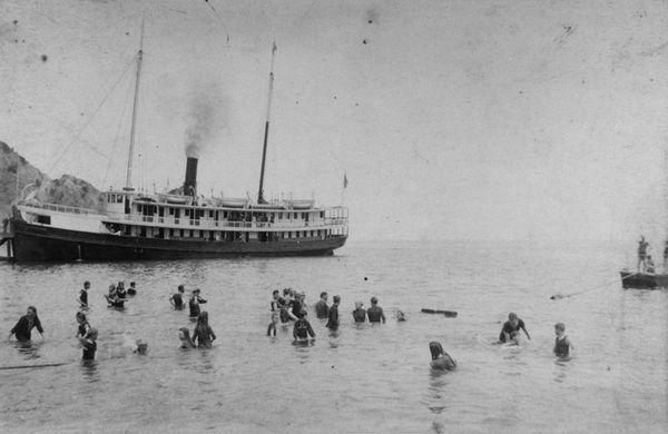 Premiers visiteurs à Santa Catalina Island en 1889