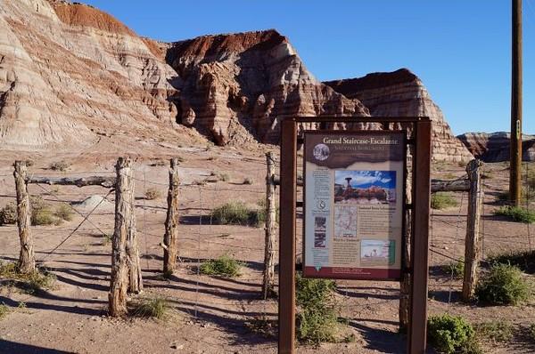 Parking, départ du sentier Toadstool Hoodoos Utah