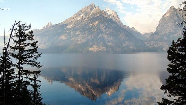 Point de vue sur le Jenny Lake depuis la Teton Park Road