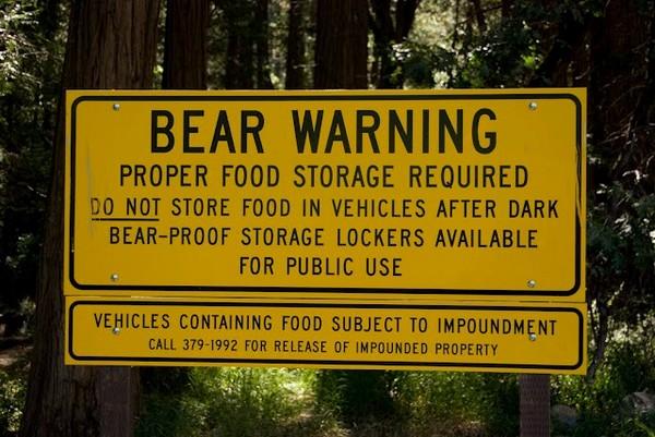 Panneau attention aux ours Yosemite Park
