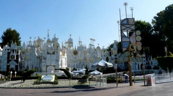 It's a small world Disneyland Los Angeles