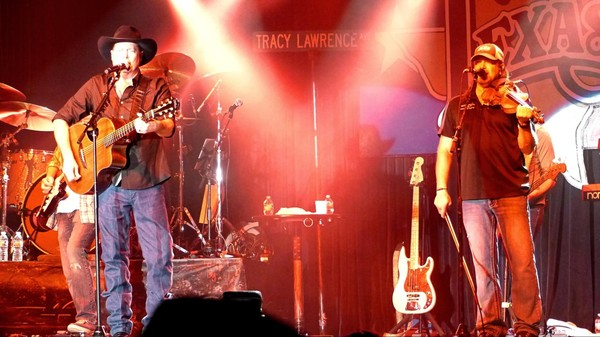 Concert Tracy Lawrence Billy Bob's Texas Fort Worth Texas